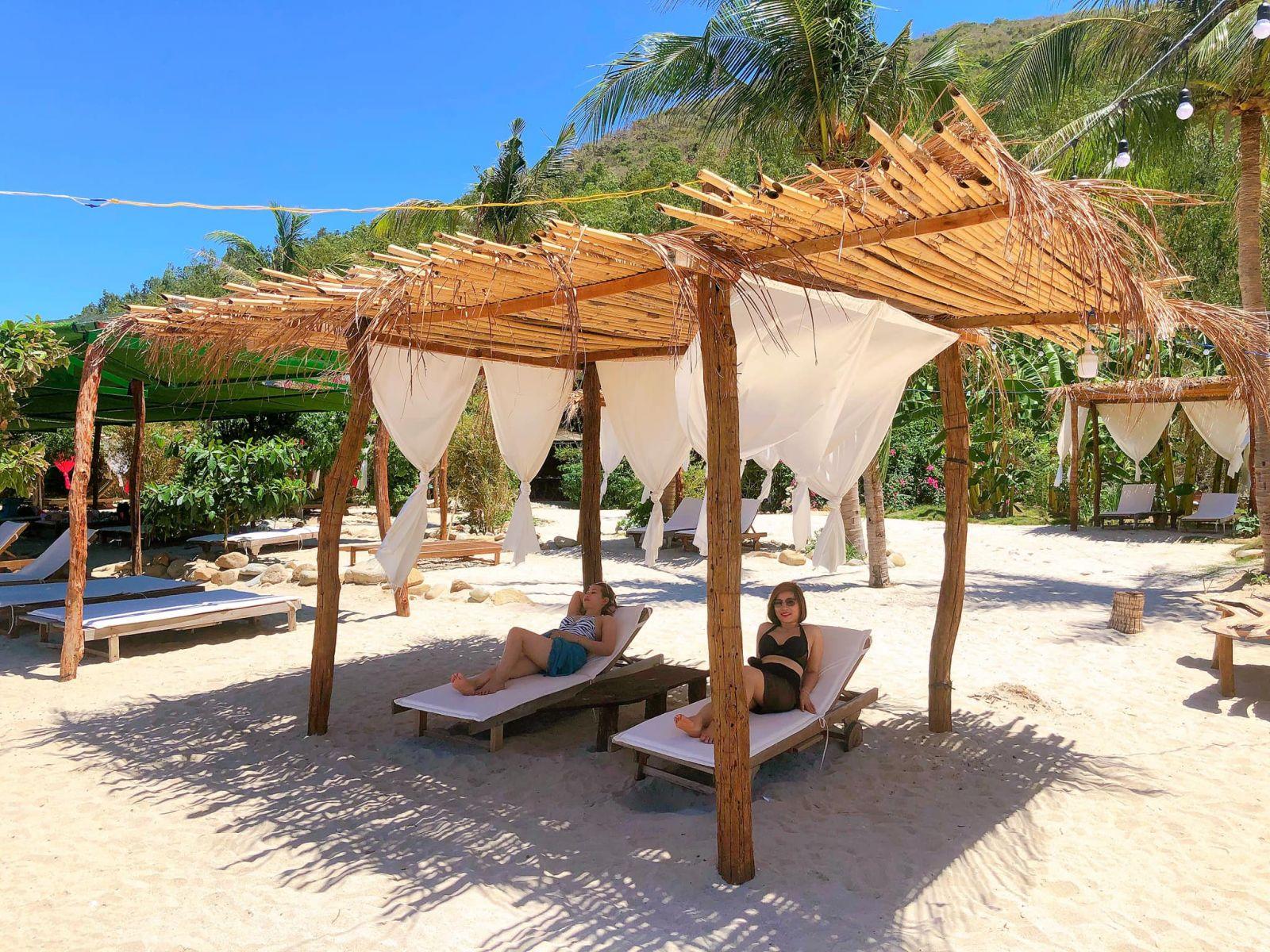 Đảo Tình Yêu - Khu vực nghỉ mát