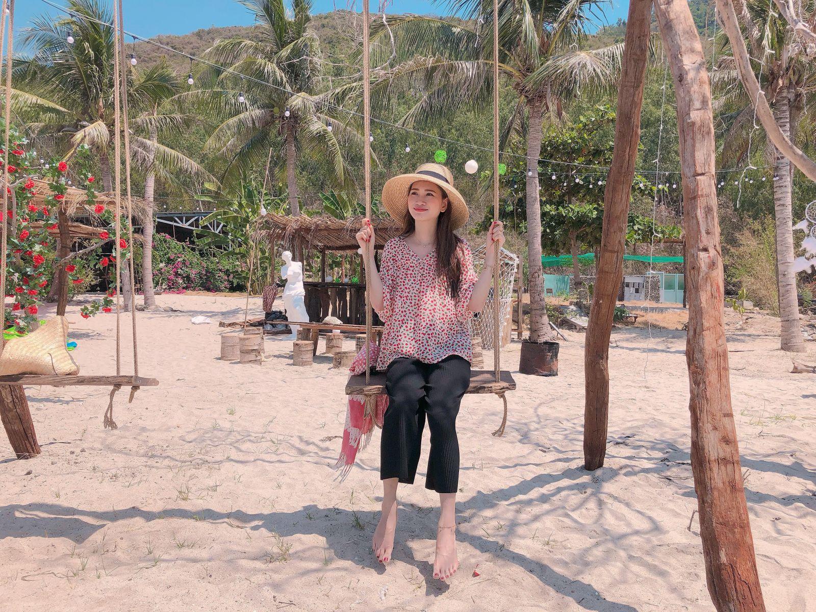 CHECK IN với với võng đẹp mê hồn giữa biển tại Đảo Tình Yêu 3