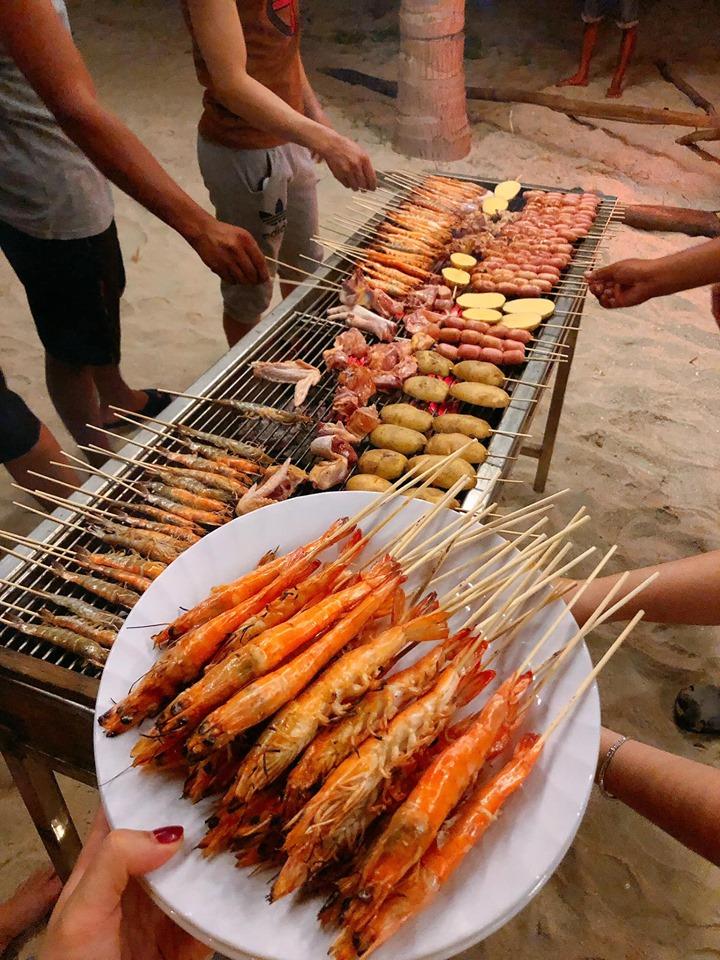 Tiệc BBQ hải sản