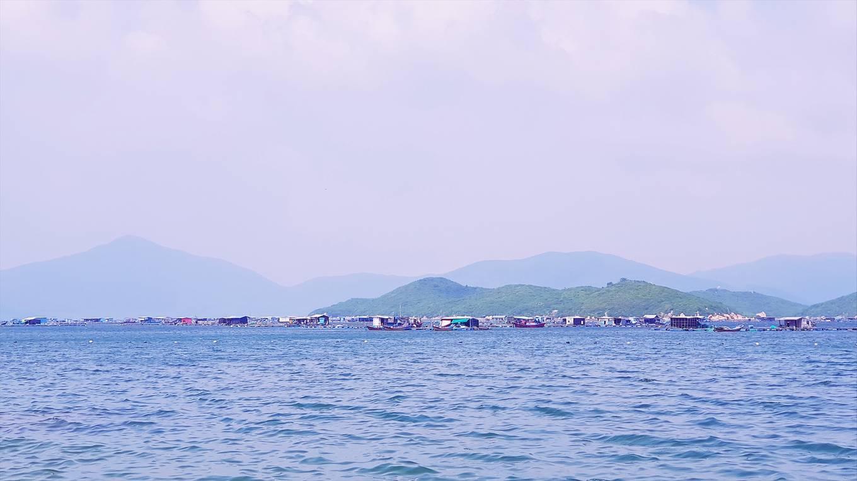 Những bãi biển hoang sơ nằm không xa khu đông đúc - 2