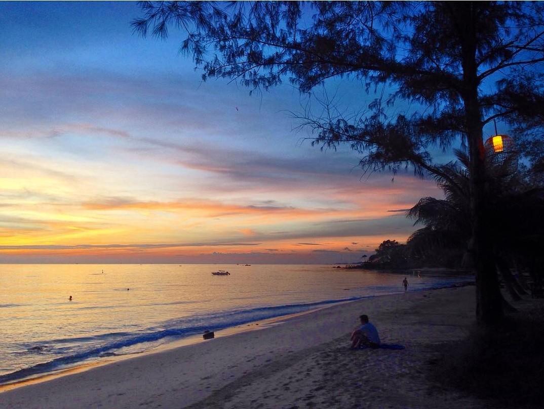 Những bãi biển hoang sơ nằm không xa khu đông đúc - 5