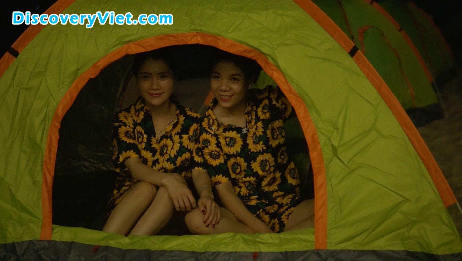 Cắm trại đêm tại Đảo Tình Yêu