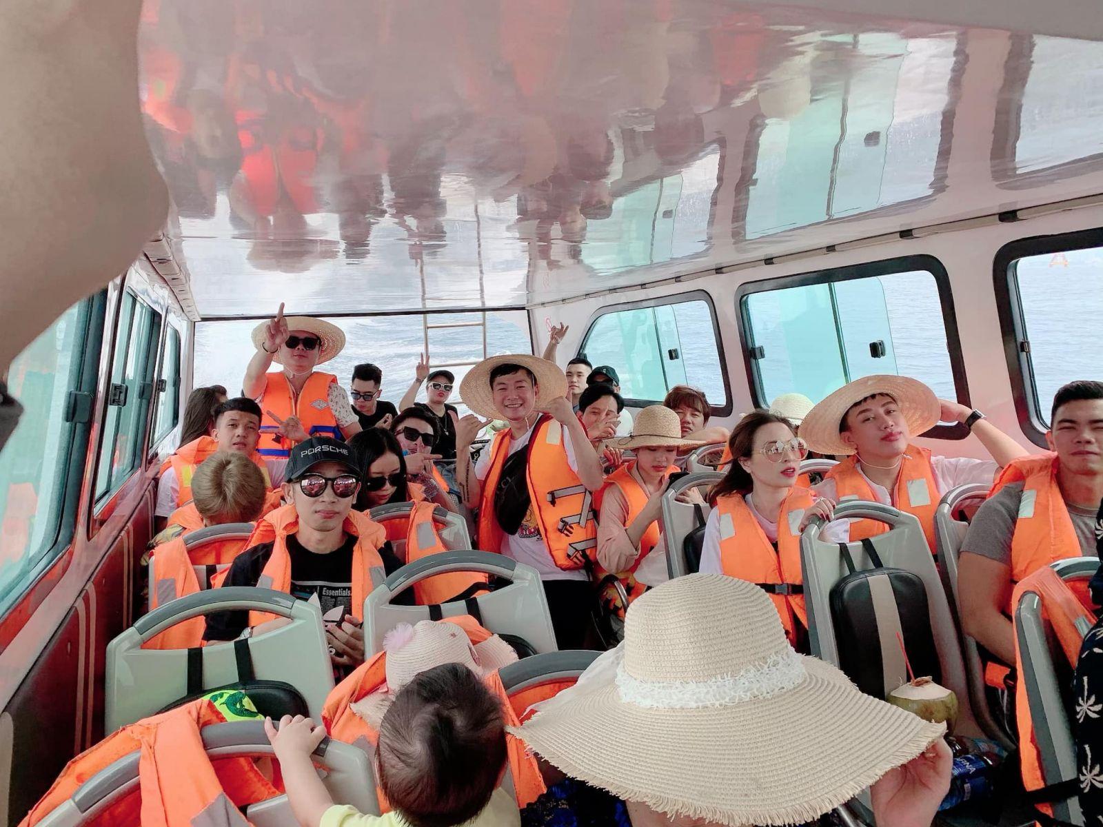 Tour 2 Đảo Vip: Lặn ngắm san hô Hòn Mun & Check in Đảo Tình Yêu 1
