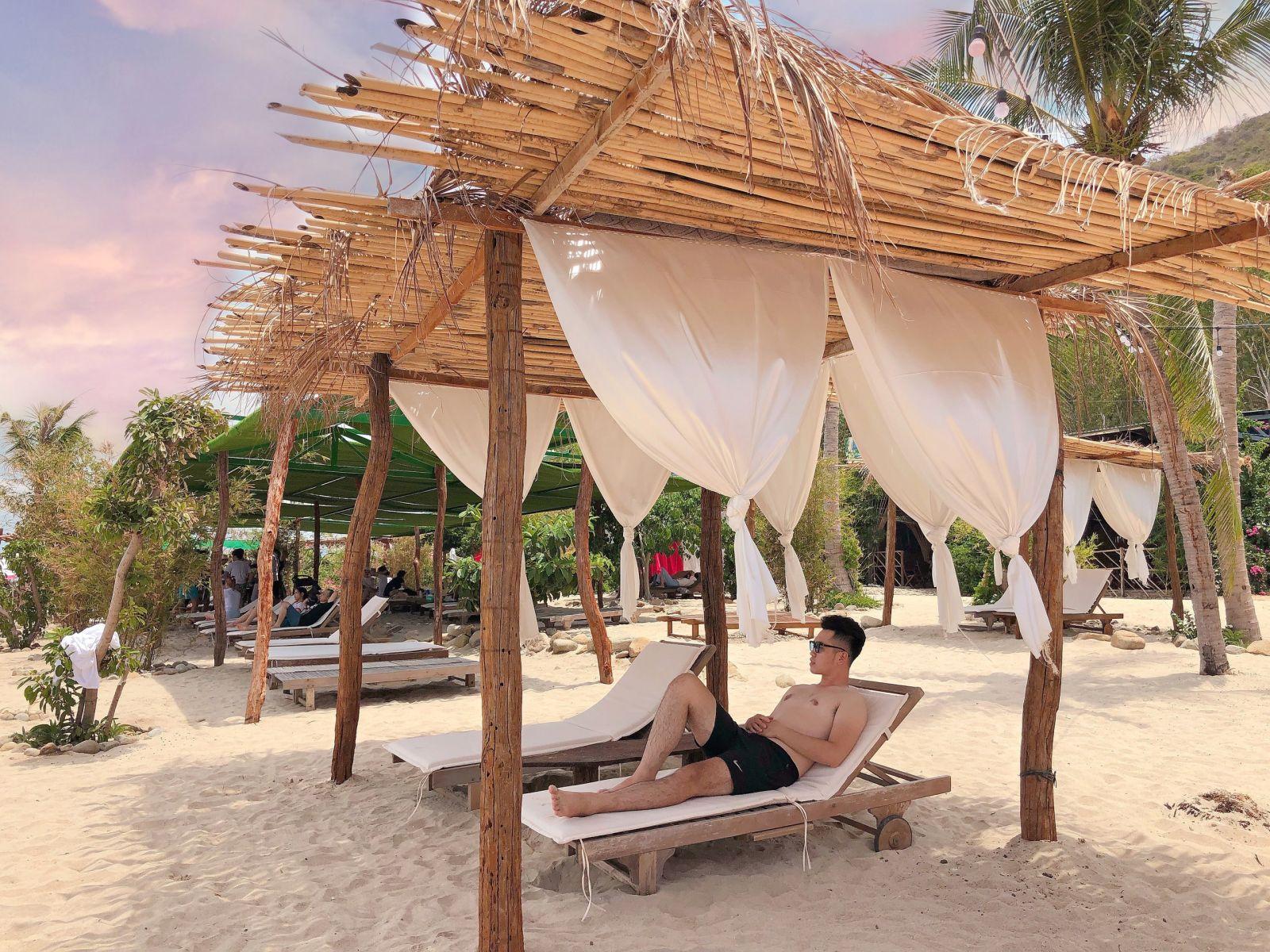 Tour 2 Đảo Vip Lặn ngắm san hô Hòn Mun & Check in Đảo Tình Yêu 9